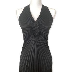 Aspeed Black Long Formal Backless Pleated Dress